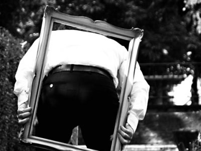 individual-tom-abraham-portraitiert