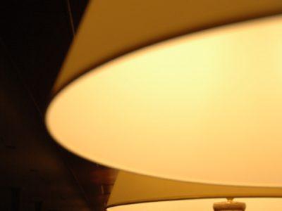 individual-tom-abraham-lichterkette